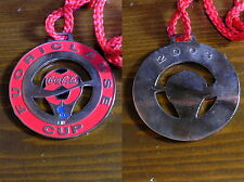 OJ122_COCA COLA medaglione FUORICLASSE CUP 2003