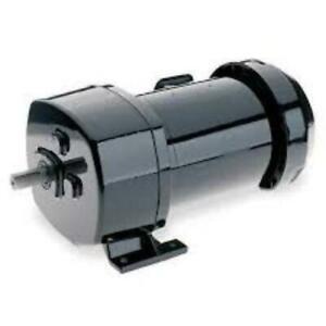 6Z404B, Dayton, Gearmotor, 208-230/460V, 18 RPM, Torque 1028 in.-lb, TEFC