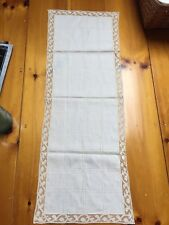 Vintage Linen and Lace Table Runner Cream Color Ex. Condition