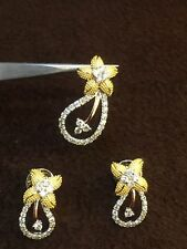 Pave 1.15 Cts Round Brilliant Cut Diamonds Pendant Earrings Set In Fine 14K Gold