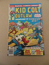 Kid Colt Outlaw 215 . Marvel .1977 . VG