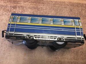 Blechspielzeug alter Personenzug-Wagen  (6u13-5)