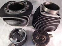 Harley Davidson Twin Cylinder 16593-99 W/ Pistons