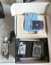 Motorola RAZR V3 -  (Unlocked ) Mobile Phone