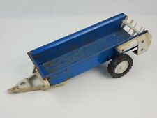 Vintage Ertl 1/12 scale metal Ford blue manure spreader trailer