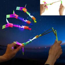 10X LED Flying Helikopter Spielzeug Wurfspielzeug Hubschrauber Abschießer Kinder