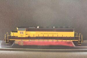 Bachmann 60914 HO NYSW Susquehanna SD40-2 Locomotive #3018 RTR with DCC NIB