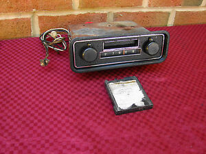 68 VW VOLKSWAGEN SAPPHIRE AM RADIO PLAYTAPE I ....2 TRACK PLAYER