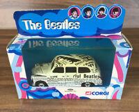 Corgi Classics 2000 The Beatles Die- Cast Newspaper Taxi 58007 BOXED