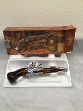"""Vintage Avon for Men """"Dueling Pistol 1760"""" Deep Woods After Shave Full - New!"""