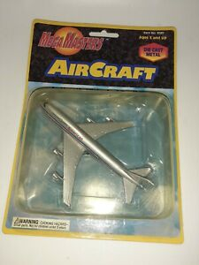 Mega Masters Air Craft American Airlines Passenger Jet MOC FREE SHIPPING