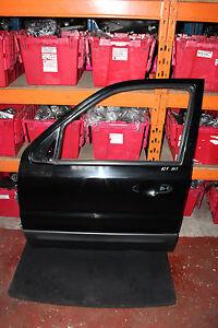 FORD MAVERICK MK2 3.0 XLT 5DR 01-06 NSF FRONT PASSANGER SIDE BARE DOOR IN BLACK