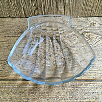 Vintage Pyrex Glass 435 Shell Shaped Dish or Bowl Kitchen Glassware Soap Dish