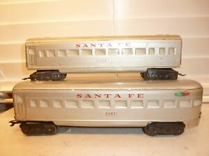 Pair of Marx O-Gauge Train SF Unlighted Scale Passenger Cars w/ D-Type Trucks