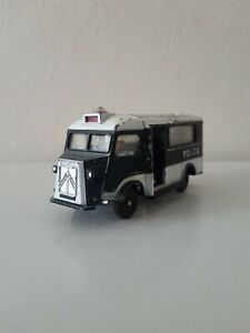 DINKY TOYS 566 CAR DE POLICE CITROEN CURRUS