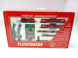 FLEISCHMANN REGIONAL EXPRESS N-GAUGE STARTER SET TRAIN 9369