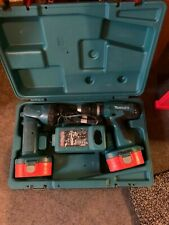 Makita 18v Drill Batteries X2 Torch Charger Case