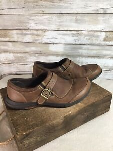 Merrell Performance Footwear Slip On Brown Leather Womens Size 8 Non Slip