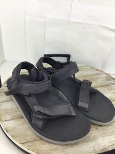🦆TEVA Men's Gray Webbing Hurricane Sandals Size 9