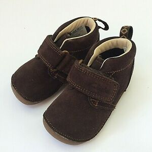 Clarks Tiny Hero baby First Shoes brown suede flexible rubber sole and toe