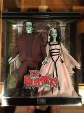 2001 The Munsters Barbie Gift set Collectors Edition New In Box