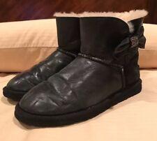 UGG Australia Womens Mini Bailey Bow Crystal Boots 1004948 sz 6