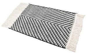 2X3 Ft. Mat Handmade Rug Wool Rug Indoor/Outdoor Small Runner Black & White Mat