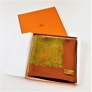 Authentic HERMES 2011 90cm Surteint/Dip Dye Silk Scarf JUNGLE LOVE in its BOX
