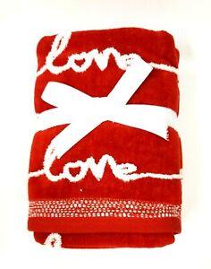 "NEW SET OF 2 PC CARO RED,WHITE ""LOVE"",HEART SHAPE,OEKO-TEX COTTON HAND TOWEL"