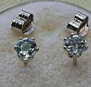 3.3 mm light blue aquamarine stud earrings in Sterling silver