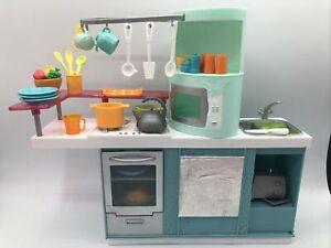 Mattel 2007 Barbie Kitchen Furniture - TRENDY TEAL & Orange Stove Food