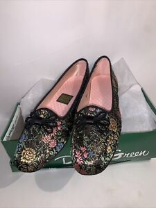 New In Box Spots On Sole Vintage Daniel Green Slippers Shoes Floral Sz 6