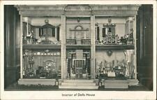 Interior of Dolls House     qq569
