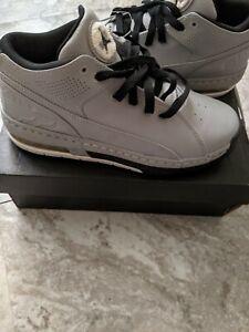 Jordan Ol'School Low BG Boys Shoes Size 6.5 845204 014