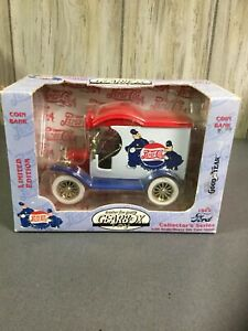 1996 GearBox Pepsi-Cola 1912 Ford Delivery Car Bank Die Cast Metal 1:24 Scale