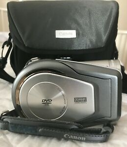 Canon DC20 DVD Camcorder  mint condition with Canon Carry Case
