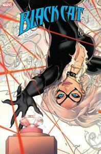 Black Cat #2 Deyn Variant Cover Marvel Comics 2021 NM+ 9.6