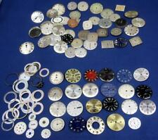 D260.  WATCH MAKER WRIST WATCH DIAL ASSORTMENT INCLUDING DAY OF MONTH AND DAY OF