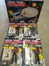 Star Trek U.S.S. Enterprise Ncc-1701-D Space Talk Series, 4 action Figures