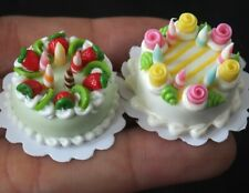Dollhouse Miniatures 2 Cute Cakes with Candle Food  Bakery Size 20 mm