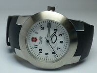 Vintage Swiss Army Stainless Steel Men's Silver WR 330ft. Date Watch