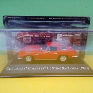 Modellino DIE CAST Chevrolet Corvette C2 Sting Ray Coupè 1963 1/43 Nuovo