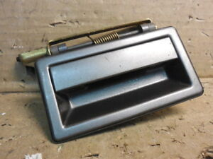 1990 - 1995 Plymouth Acclaim Right Passenger Side Rear Exterior Door Handle