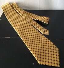 Gianni Versace Tie Gold Yellow Geometric Diamond Pattern Made in Italy
