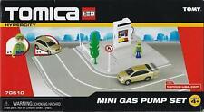Tomica Hypercity  MINI GAS PUMP set #70510   NRFB    Tomy