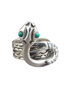 Vintage Solid Silver Mexican Snake Ring with Turquoise Eyes. Size M.1960s.
