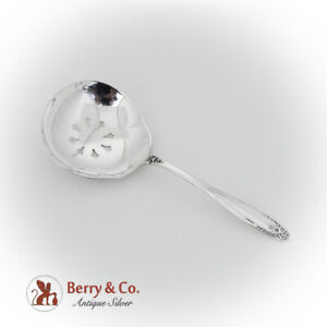 Prelude Bon Bon Candy Nut Spoon International Sterling Silver 1939