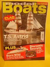 MODEL BOATS JULY 2006 TS ASTRID BORN WILD LEE SADLER BRISTOL