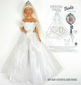 RARE PRINCESS BRIDE BARBIE DOLL FAIRYTALE BARBIE MAGIC MIRROR 2000 MATTEL 28251