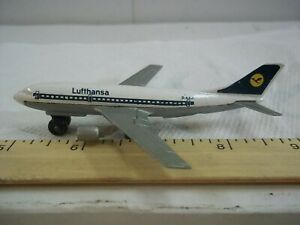 Matchbox 2000 Sky Busters Series Lufthansa A300B Airbus 1973 Aviation Planes